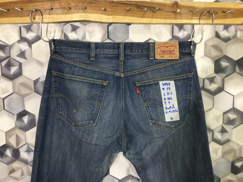 รหัส6978 Levi's501R  Made in Turkey