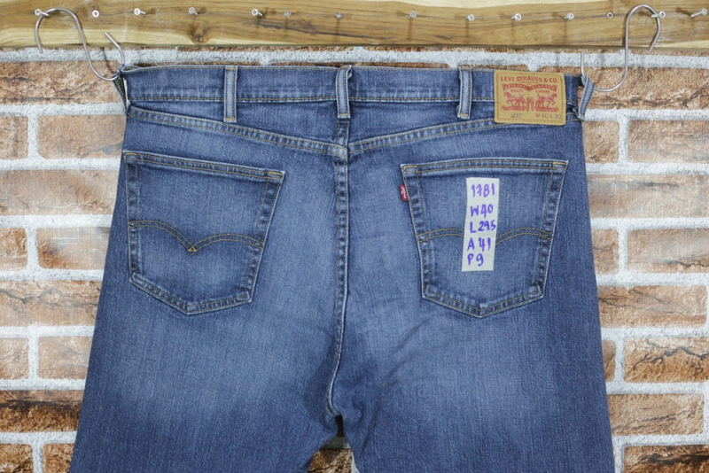 รหัส1781 Levi's505  Made in Mexico