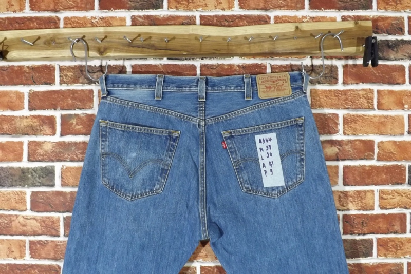รหัส4344 Levi's501  Made in Mexico