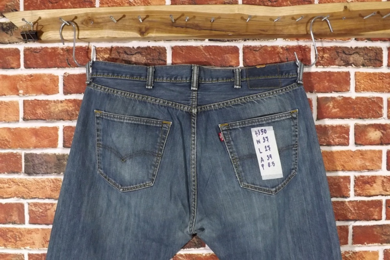 รหัส4350 Levi's501  Made in  Egypt